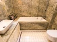 真石漆和瓷砖哪个好 瓷砖应该如何判断好与不好