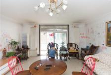 新月家园4室2厅2卫2阳台167.86㎡ 带超大入户花园