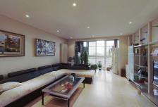 嘉铭桐城C区,精装三居室,楼层好,满五年