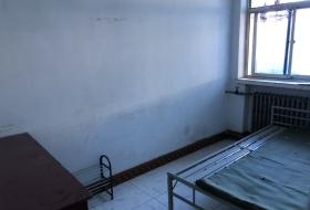 迎新街尖草坪二中宿舍楼两室一厅出租1000/月
