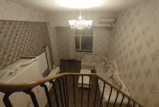 免中介费,正南向精装修一居。半年付减免两个月房租。随时看房。