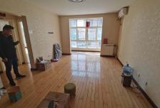 3室1厅1卫1阳台5500元/月,环境幽静,居住舒适