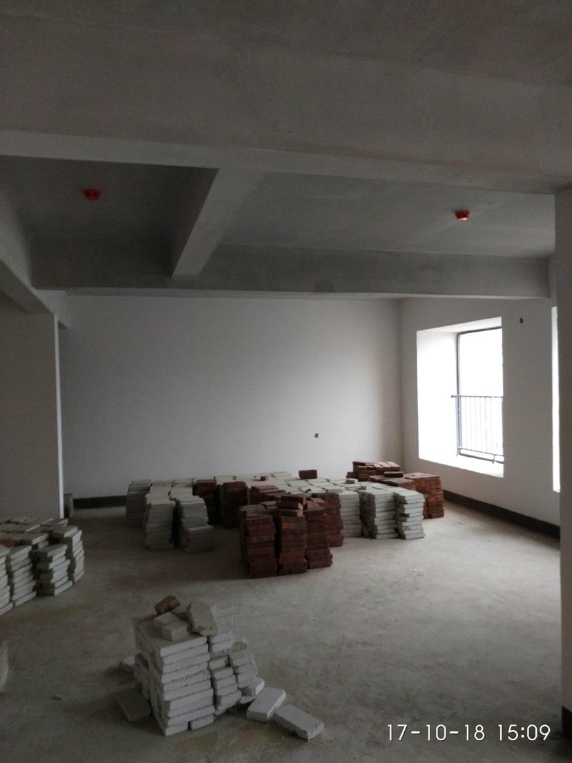 普宁市城中毛坯3室2厅2卫二手房出售