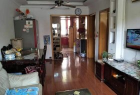 两房朝南,3楼采光好,装修好,看房方便