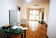 大社区,生活便利,2室2厅1卫1阳台4500元/月普通