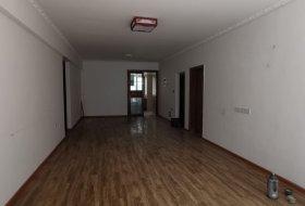天知珑怡B区急售138万139平可议价,好房可贷款!可出租
