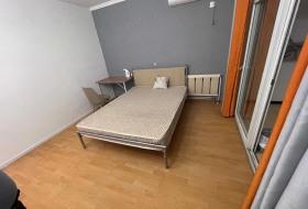 急出怡清园小区卧室阳台 紧邻永泰庄地铁站 面积大干净全女生