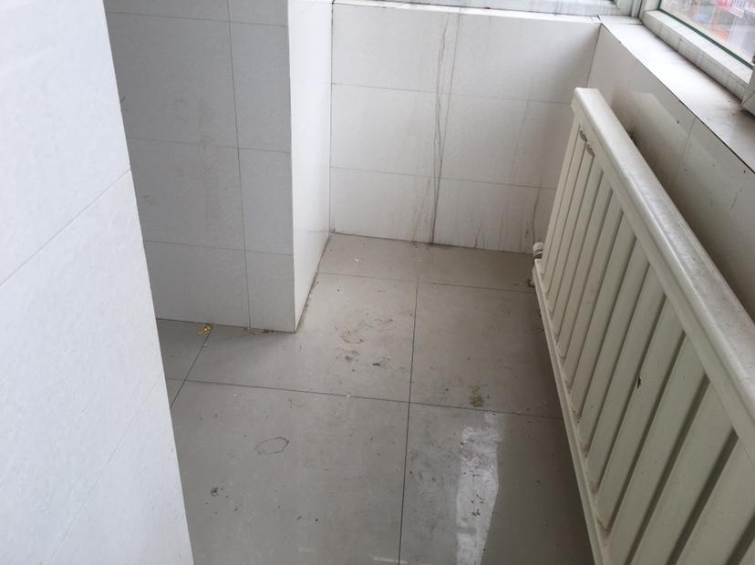 朝阳区桂林路普通2室1厅1卫二手房出售