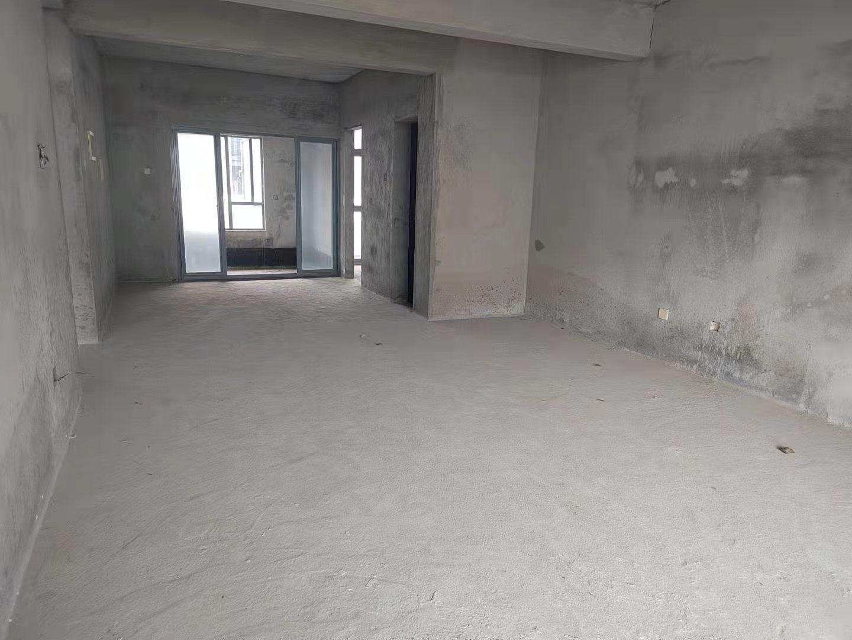 美兰区海甸普通4室2厅3卫二手房出售