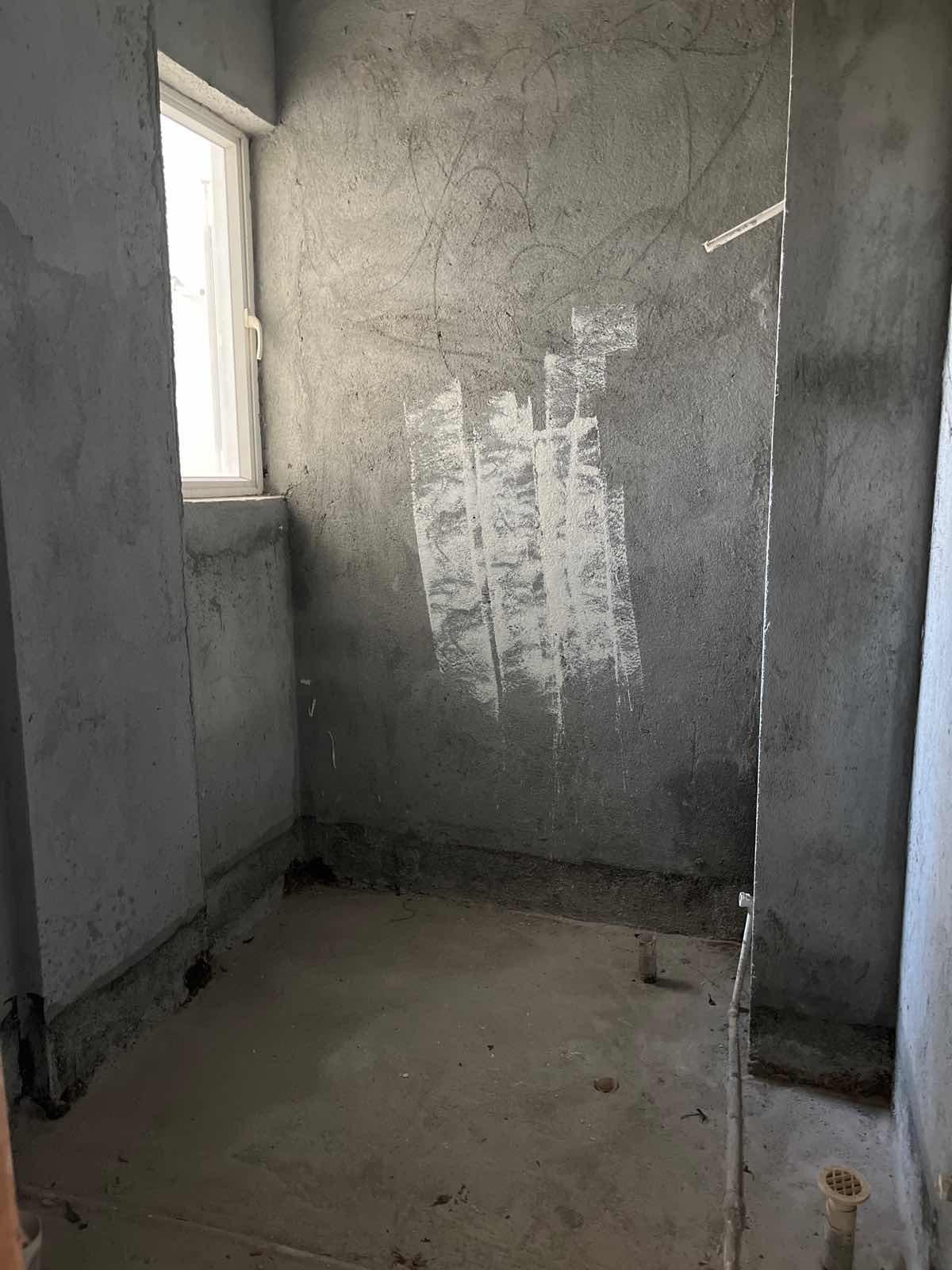 美兰区海甸毛坯3室2厅2卫二手房出售
